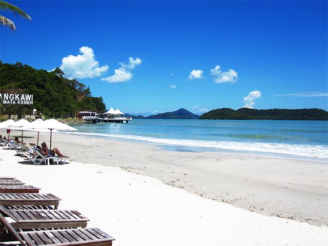 Menarik di Pantai Cenang, Langkawi