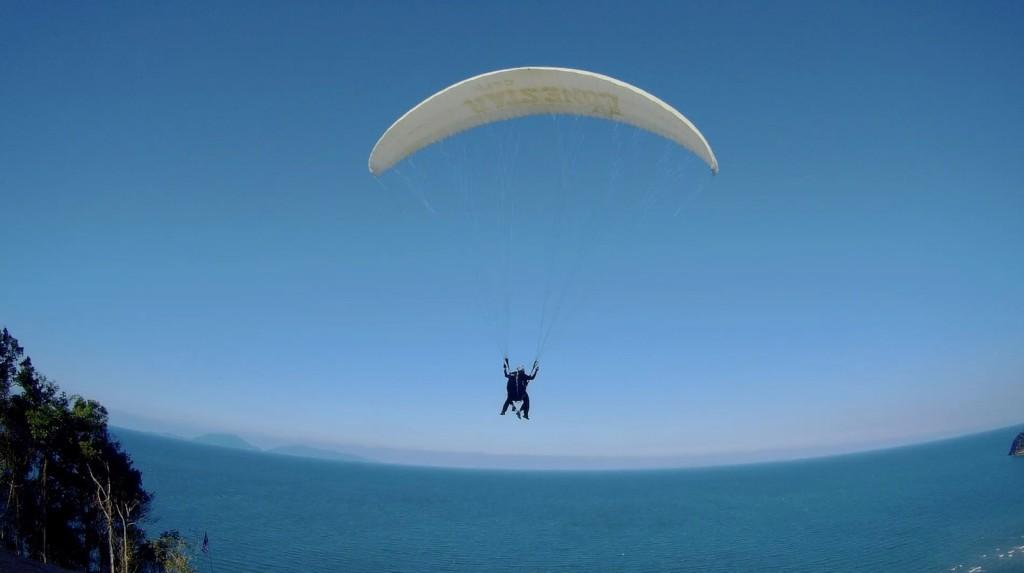 paragliding di bukit bubus